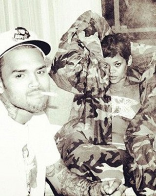 "Rihanna Hints at Chris Brown Romance w/ Rumoured ""Breezy"" Tattoo"
