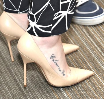 iggy-azale-colour-me-free-foot-tattoo