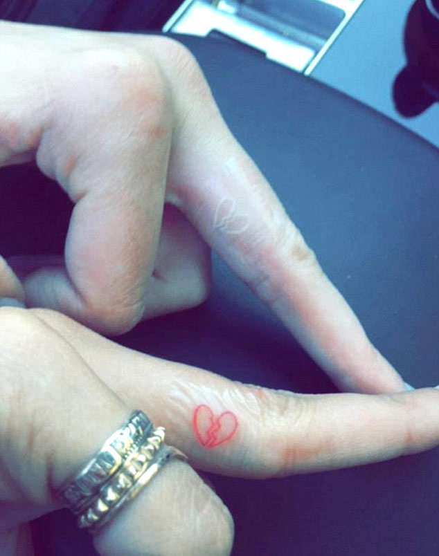 Kendall Jenner Gets Matching Broken Heart Tattoo with Hailey Baldwin