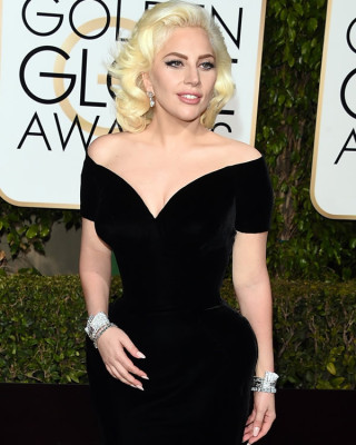 Lady Gaga Got Rid of Her Tattoos for the Golden Globes!