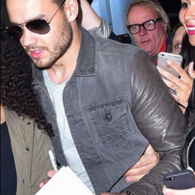 Check Out Liam Payne's Number 4 Ring Finger Tattoo!