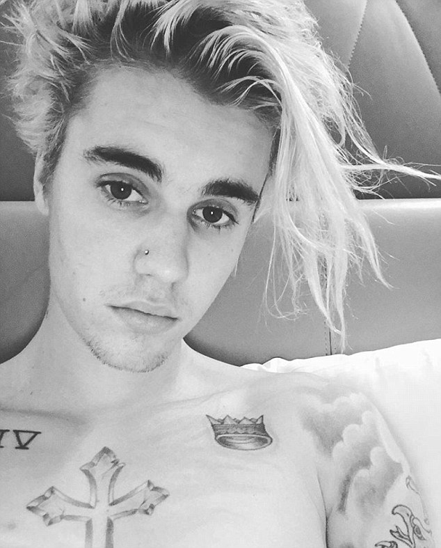 Justin Bieber Shows Off New Nose Piercing Wants A Tattoo Date With