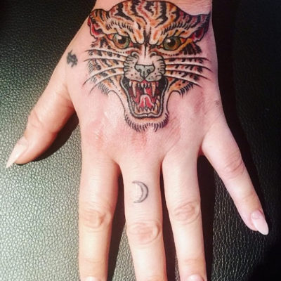 Kesha Shows Off New Tiger Hand Tattoo on Instagram